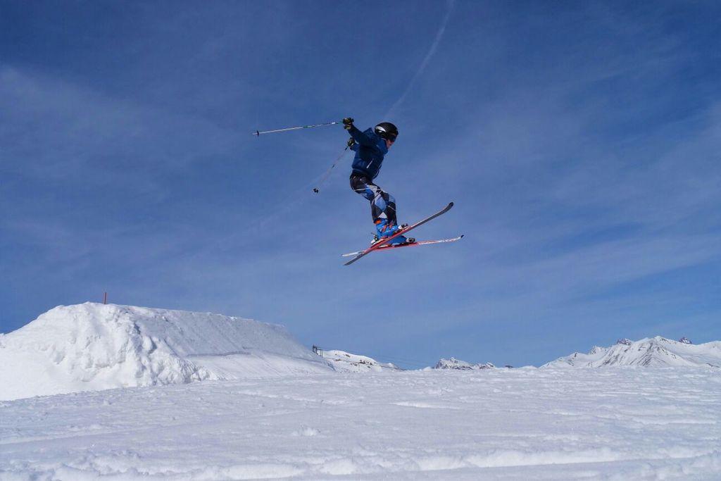 https://cdn.wintersport.nl/forum/20/13a585f794771d615d737ee4...