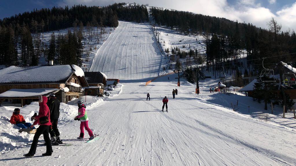 https://cdn.wintersport.nl/forum/23/17d056cf84ef2a7ffd341204...