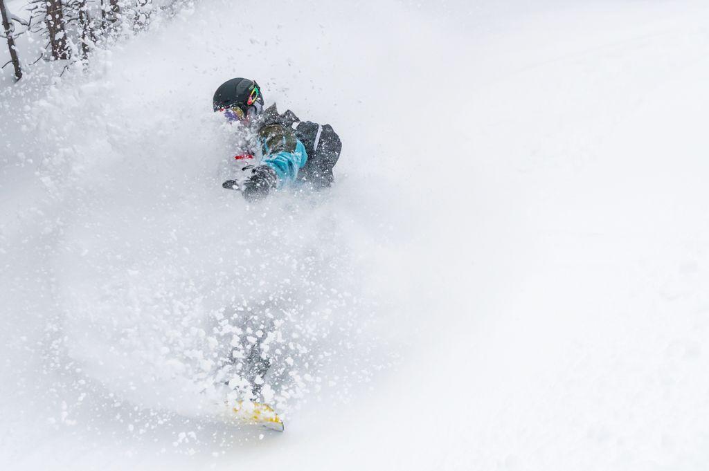https://cdn.wintersport.nl/forum/23/3d297a6bb92fbf434f6fa966...
