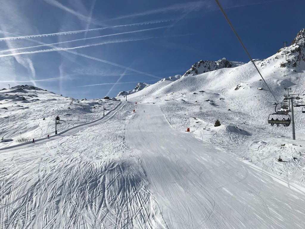 https://cdn.wintersport.nl/forum/23/a3fa7acb86f25414192c28cf...