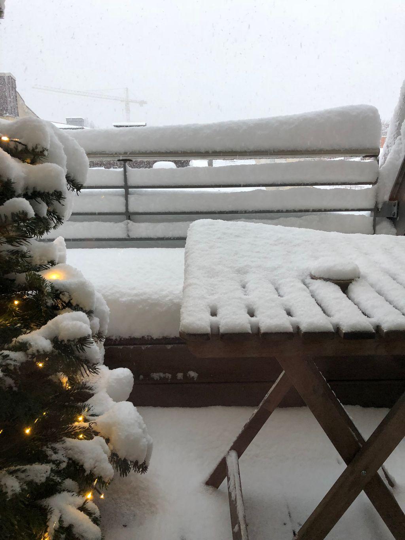https://cdn.wintersport.nl/forum/23/e185f6bb33542221511e746f...