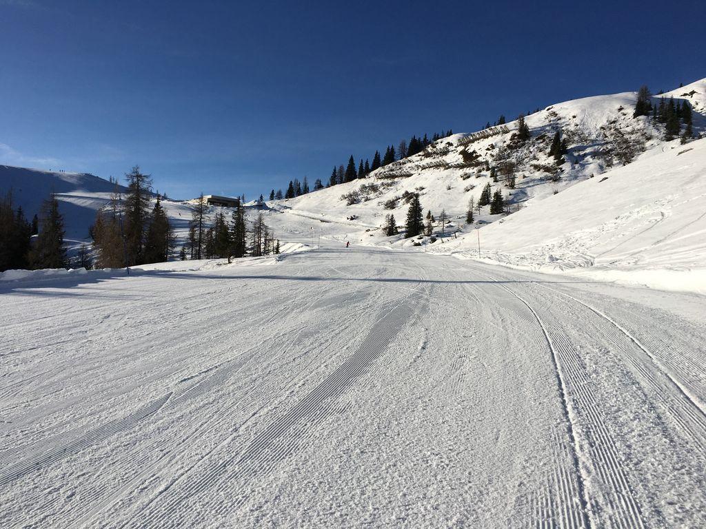 https://cdn.wintersport.nl/forum/25/3ba9571e1d852f6c7760d946...