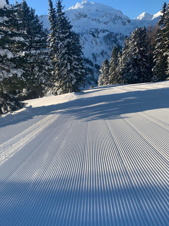 https://cdn.wintersport.nl/forum/25/677b1a11cf70e239bd72446d...
