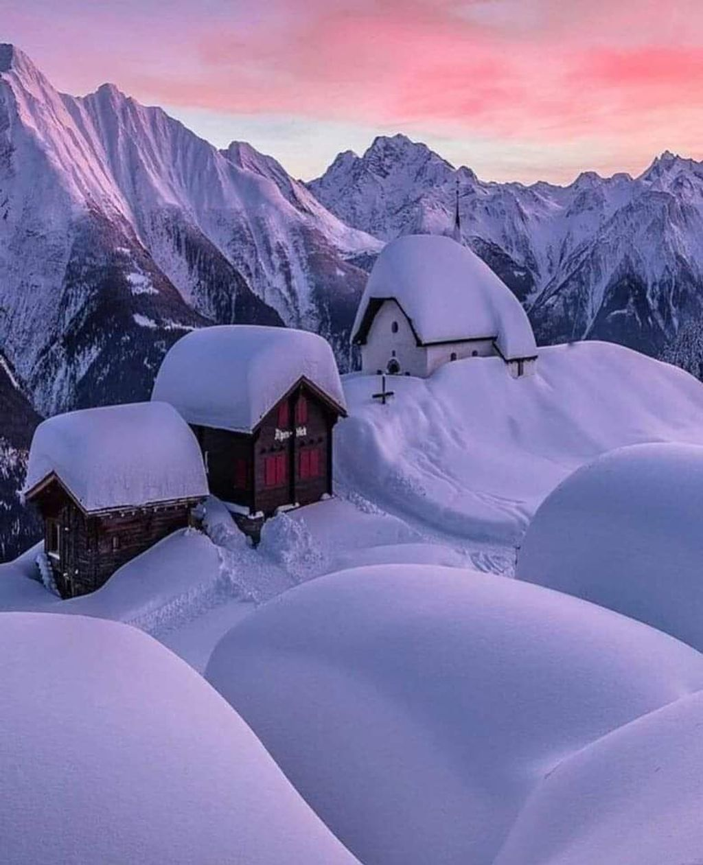 https://cdn.wintersport.nl/forum/25/9798fd3fb2a48f1712d3e475...