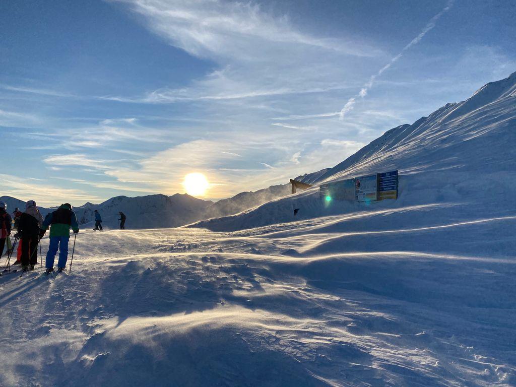 https://cdn.wintersport.nl/forum/25/bc0fbb0e6fd5c5b2a153e775...