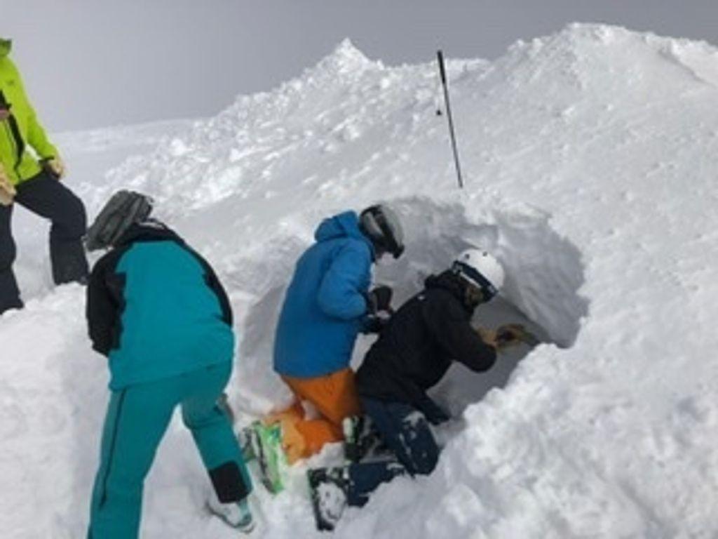 https://cdn.wintersport.nl/forum/26/15afa54dc70d04b1ffc3b52c...