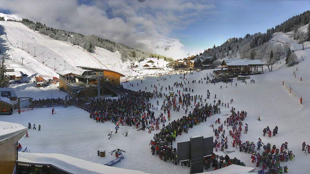 https://cdn.wintersport.nl/forum/26/454565405a92f241f63af868...