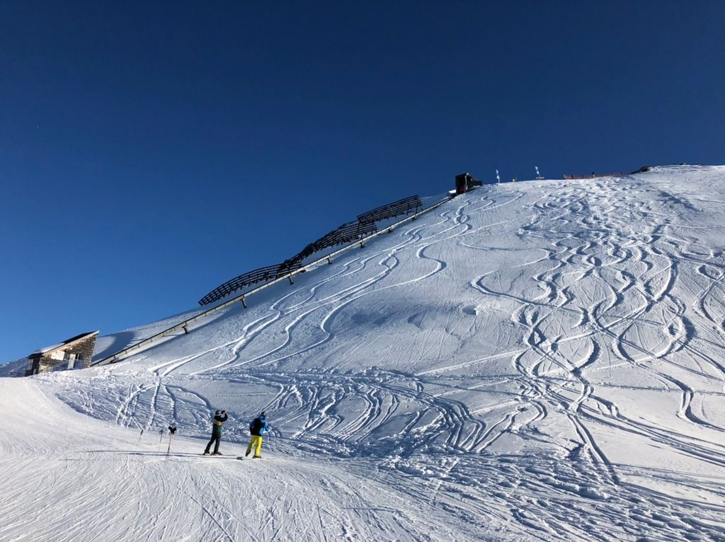 https://cdn.wintersport.nl/forum/26/615c420aae356511e19029ed...