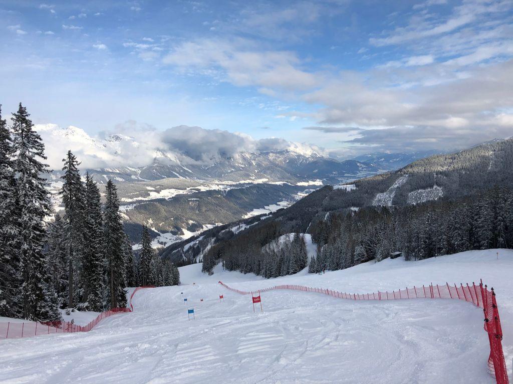 https://cdn.wintersport.nl/forum/26/841c7fc6c746e48d896a2db4...