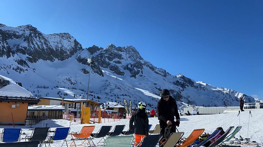 https://cdn.wintersport.nl/forum/26/8c31b1ee6a3da5251dccfcff...
