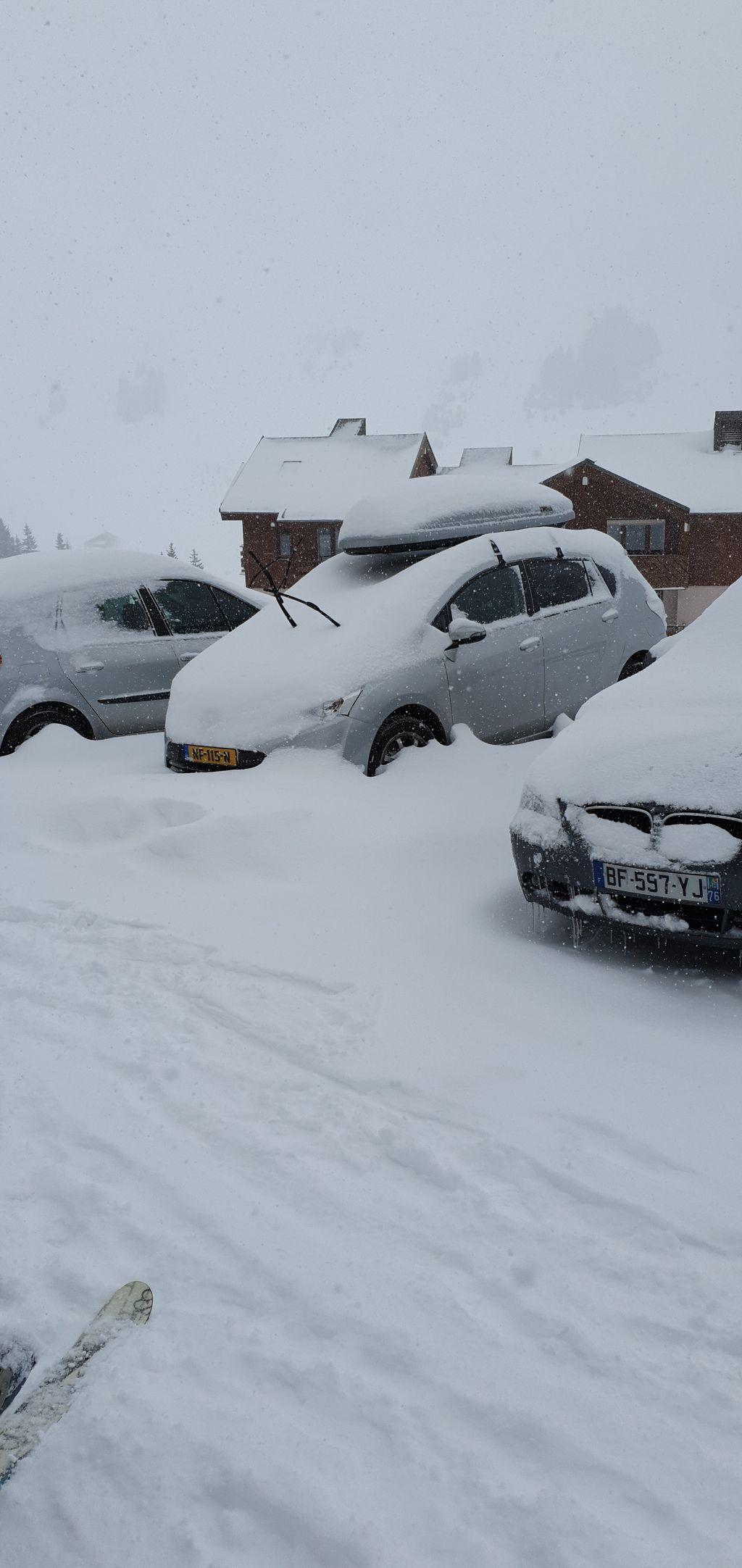 https://cdn.wintersport.nl/forum/26/b3419de4c553c104d0ccd6b6...