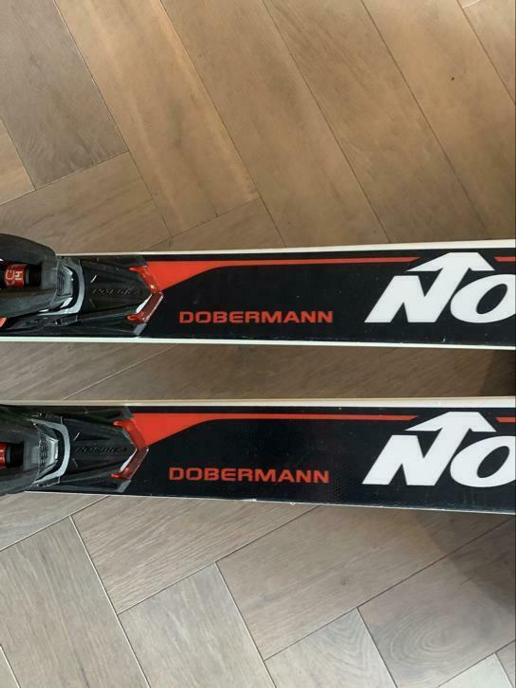 https://cdn.wintersport.nl/forum/26/df63e0d91c7b846476d853d0...