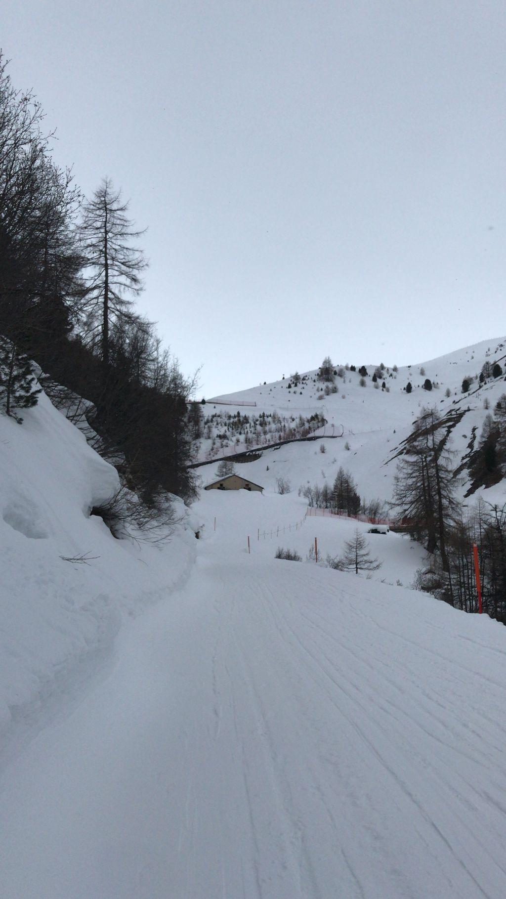 https://cdn.wintersport.nl/forum/26/fdd2a3b3d4a566ab30354169...