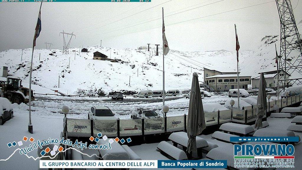 Meer dan 20 cm sneeuw op de Stelvio