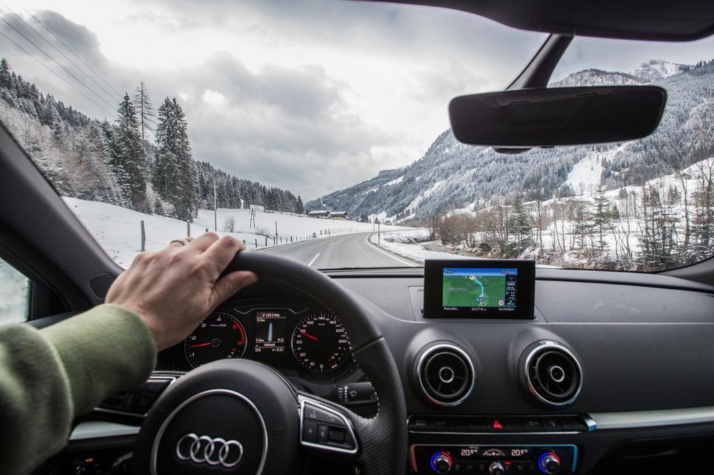 GPS auto bergen vast bergcol