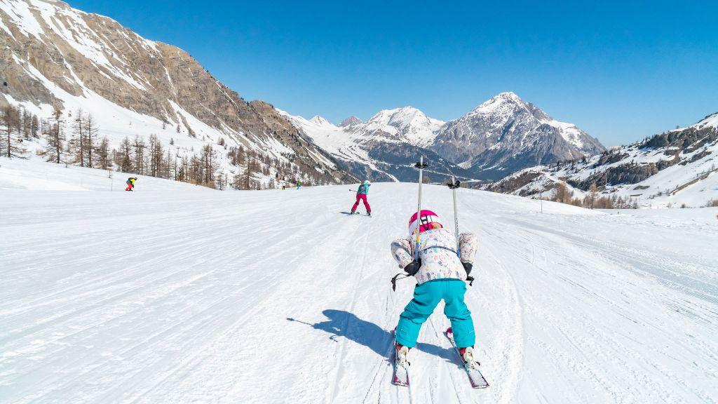 De top 10 beste skigebieden voor een wintersport met kinderen
