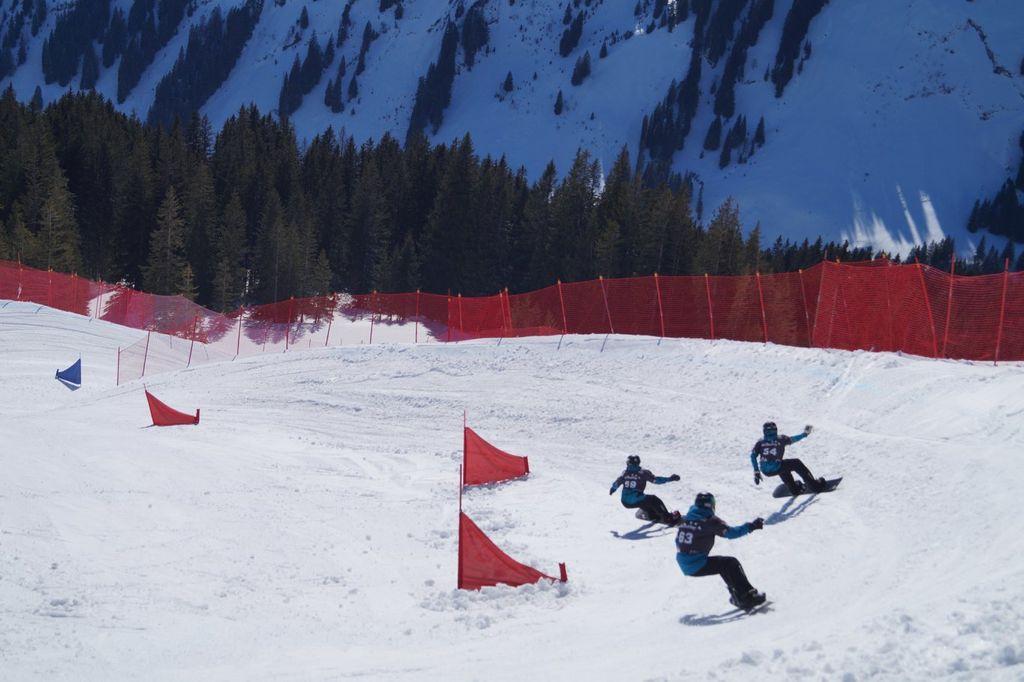 Carven in kuipbochten en banked slaloms
