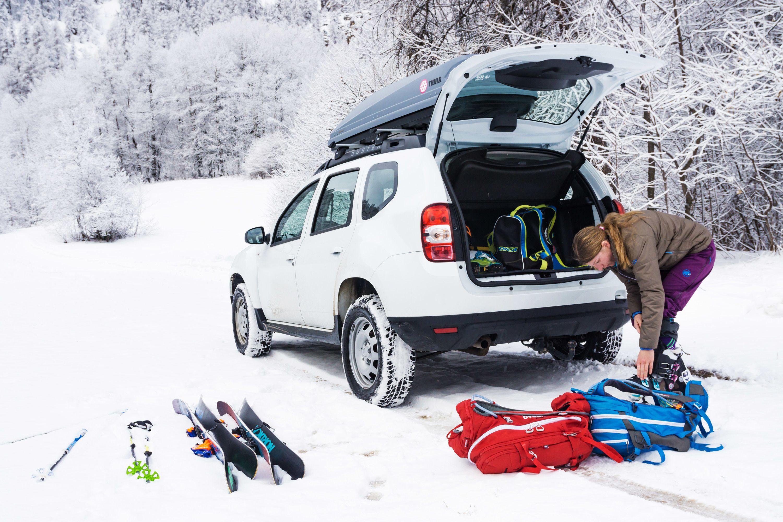 Auto huren tijdens de wintersport: waar moet je op letten?