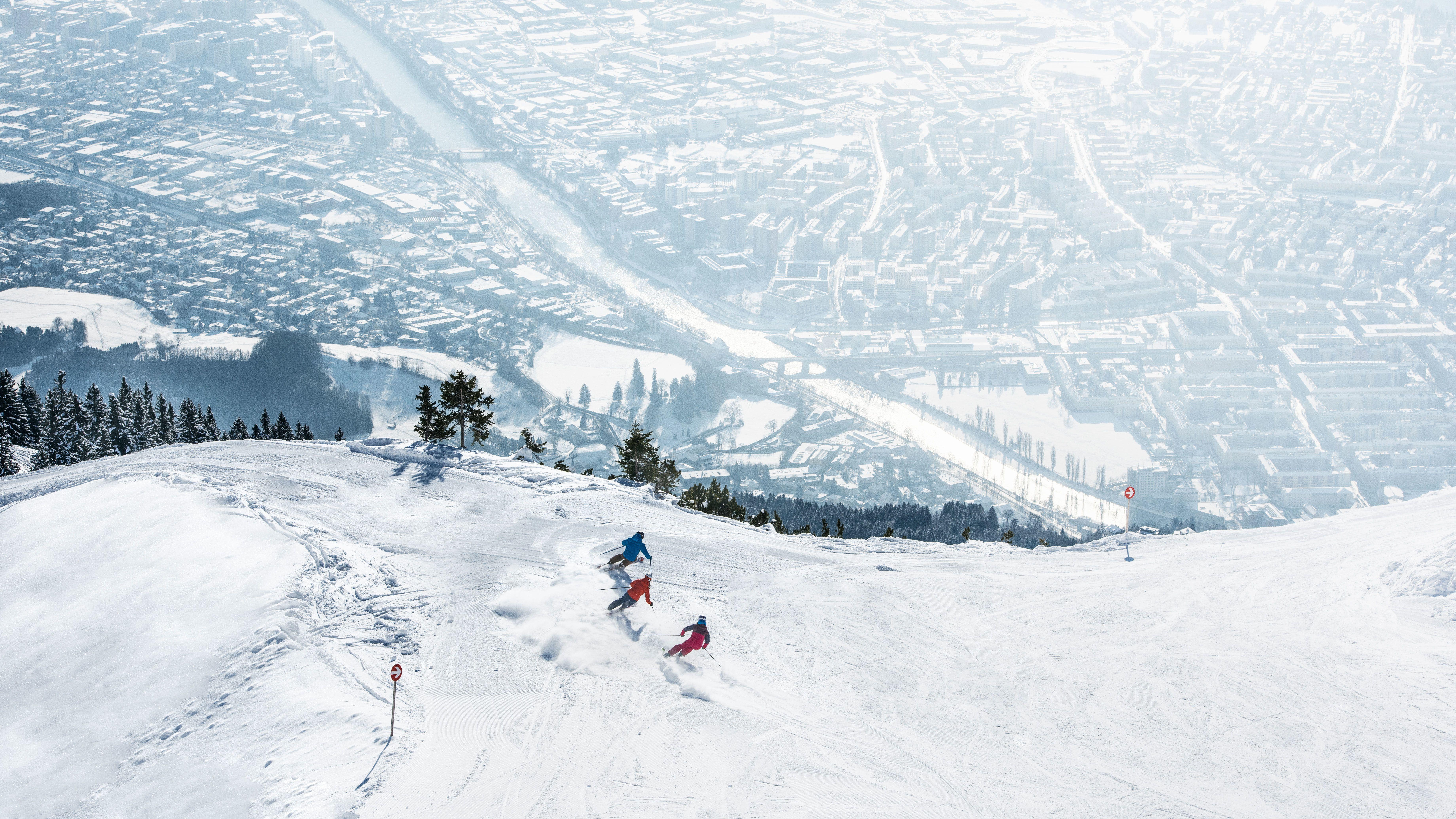 Geniet van sneeuw en stad met de SKI plus CITY Pass Stubai Innsbruck