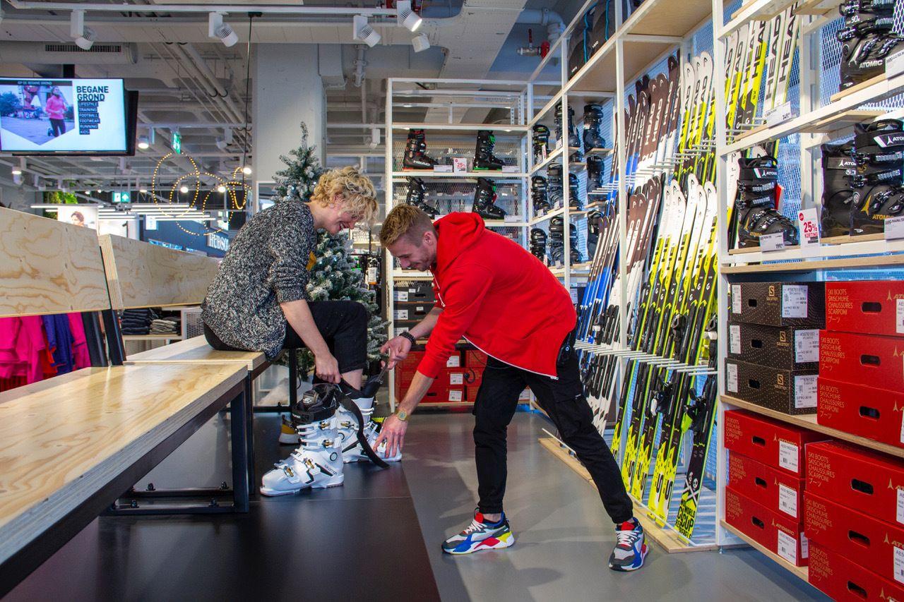 Maak een afspraak voor het vinden van de beste skischoen bij Perry