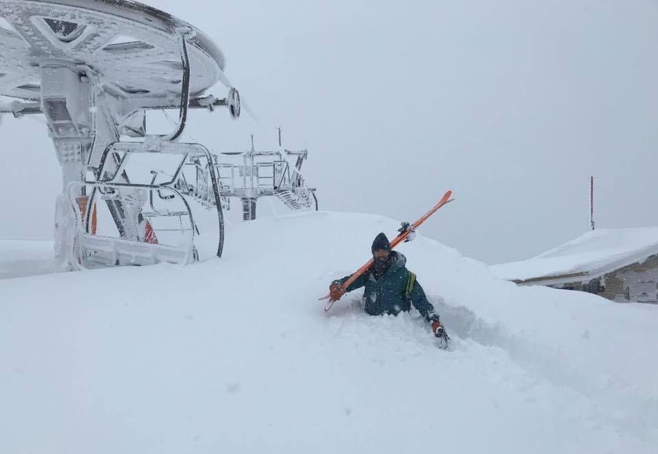 Pyreneeën bedolven onder de sneeuw, nu de Alpen nog